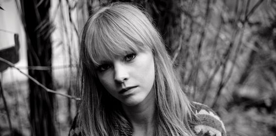 Lucy Rose: Safe & Sound