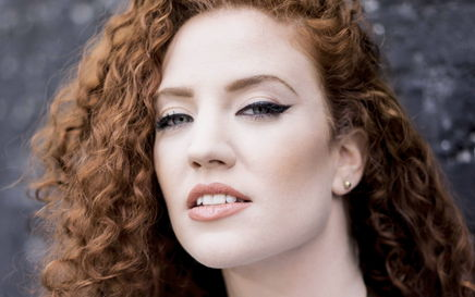 Jess Glynne: Never Give Up
