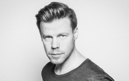 Ferry Corsten: Hello World